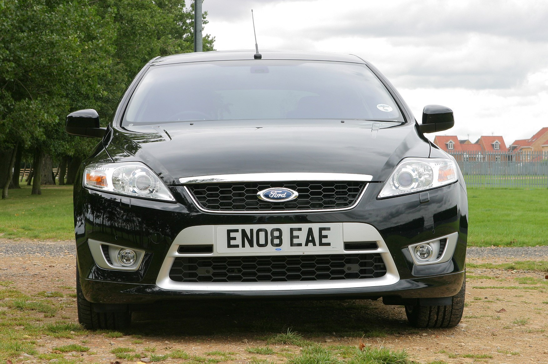 Ford Mondeo Hatchback 2007 2014 Photos Parkers