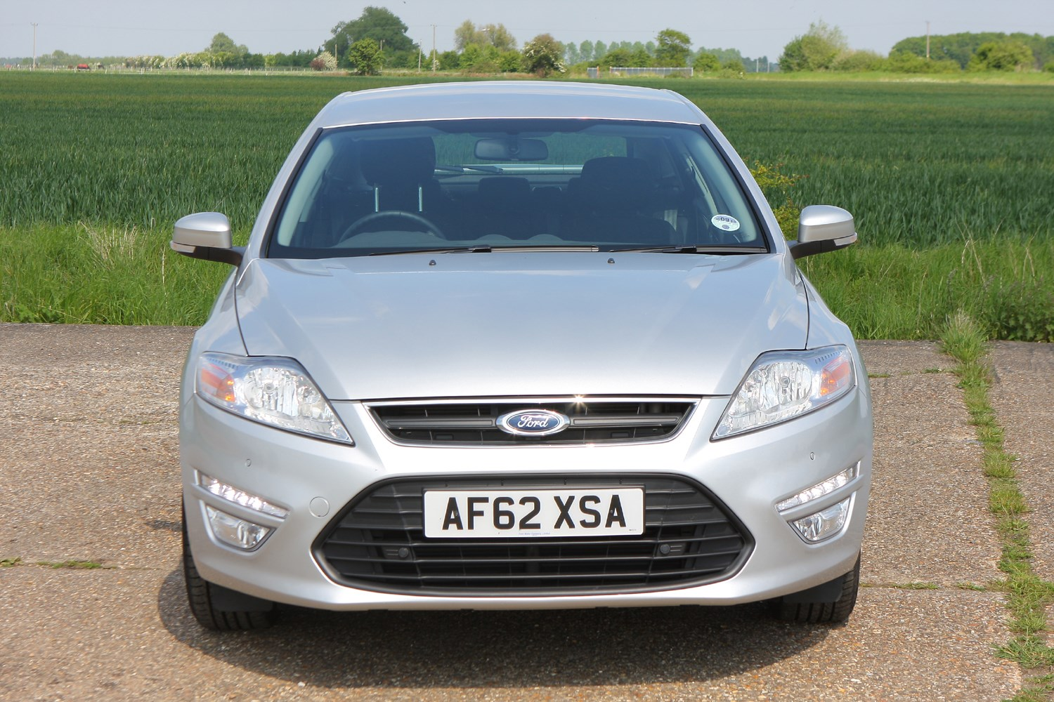 ford mondeo hatchback 2007 2014 photos parkers. Black Bedroom Furniture Sets. Home Design Ideas