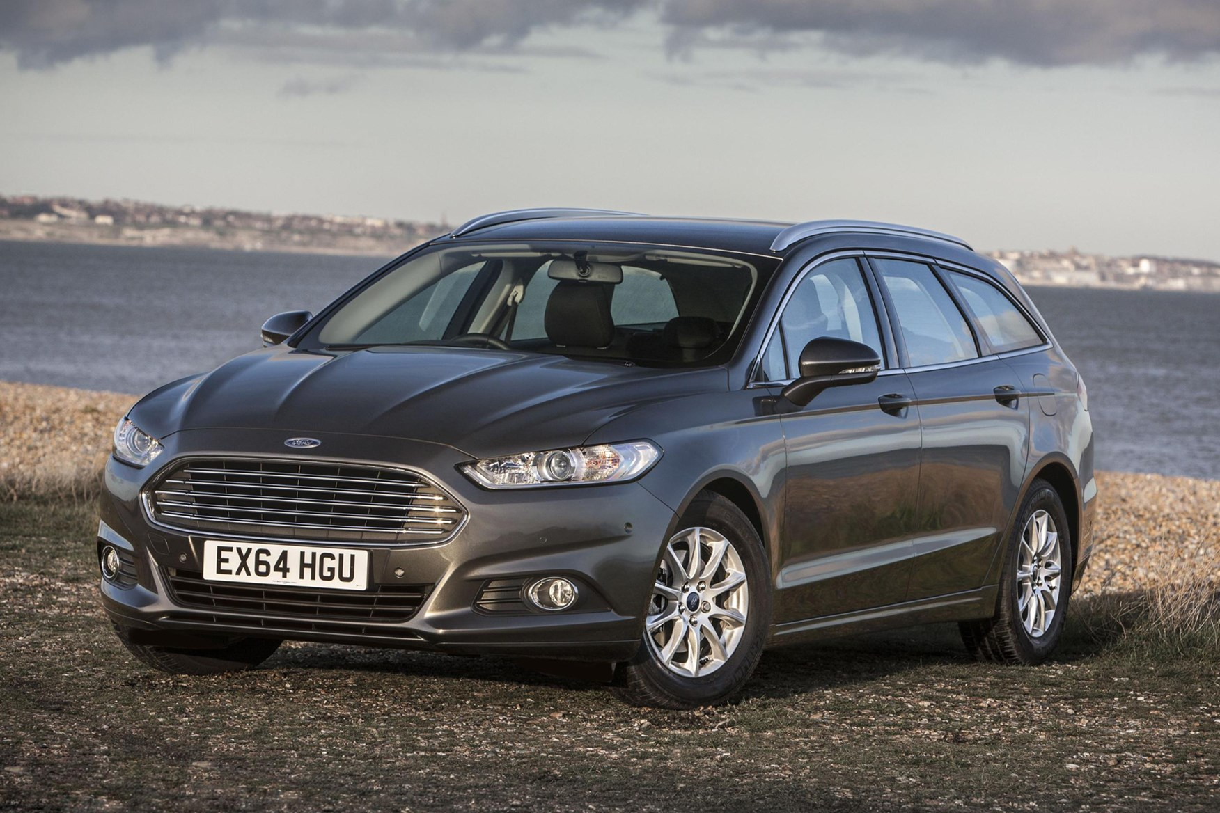 Ford Mondeo Estate review 2017 | What Car?