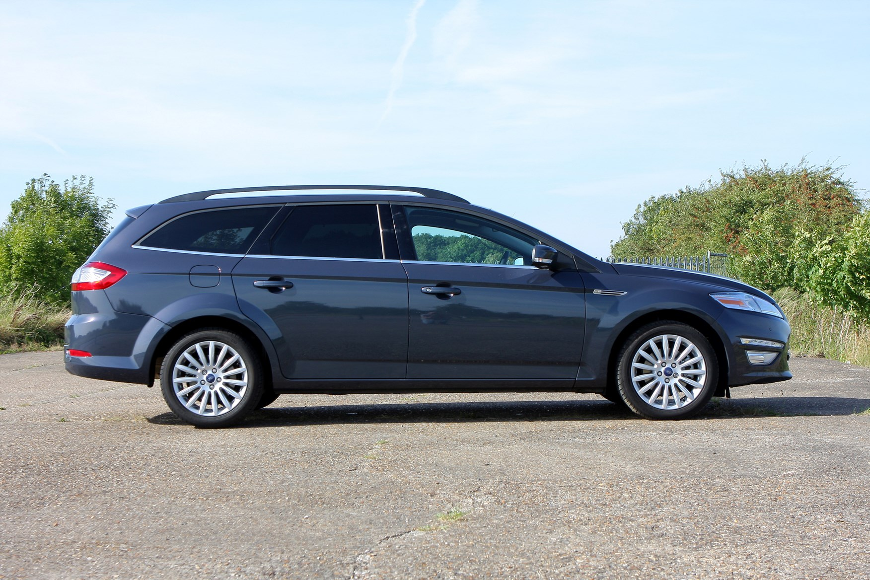 Ford Mondeo Estate 2007 2014 Photos Parkers