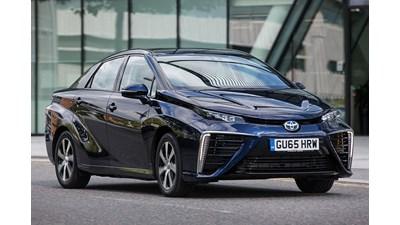 Toyota Mirai Saloon Hydrogen Fuel Cell auto 4d