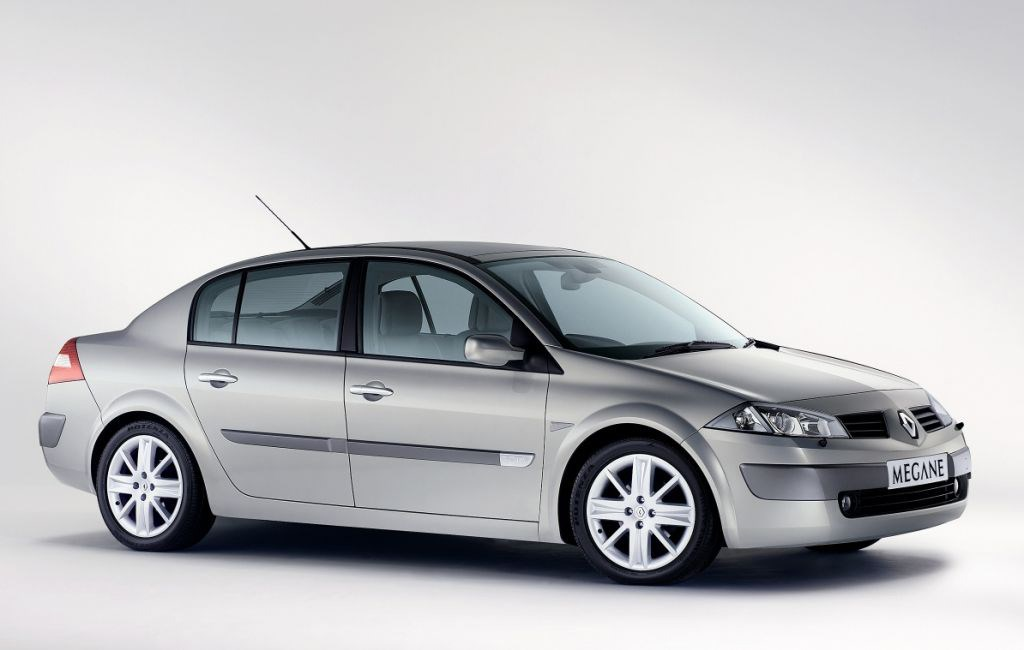 renault megane saloon 2003 2006 photos parkers. Black Bedroom Furniture Sets. Home Design Ideas