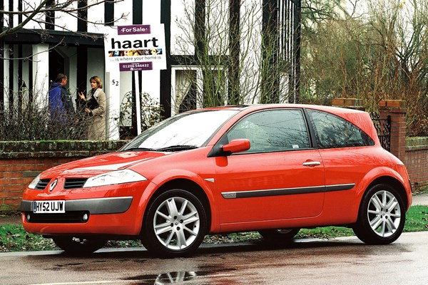 Renault scenic used prices, secondhand renault scenic prices | parkers.