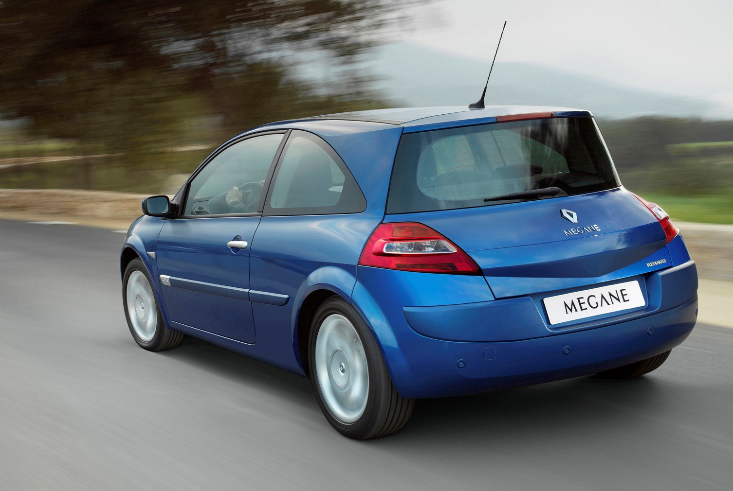 renault megane hatchback 2002 2006 photos parkers. Black Bedroom Furniture Sets. Home Design Ideas