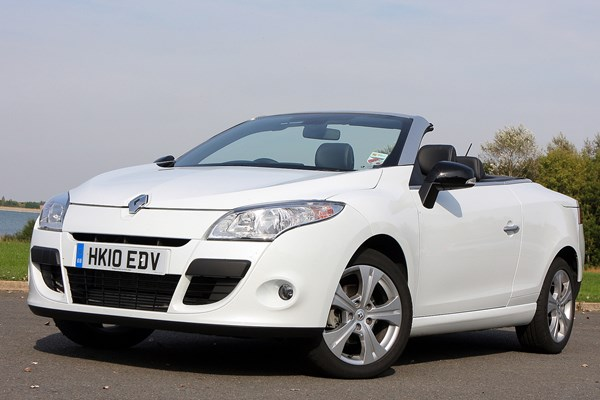 renault megane coupe cabriolet from 2010 used prices parkers. Black Bedroom Furniture Sets. Home Design Ideas