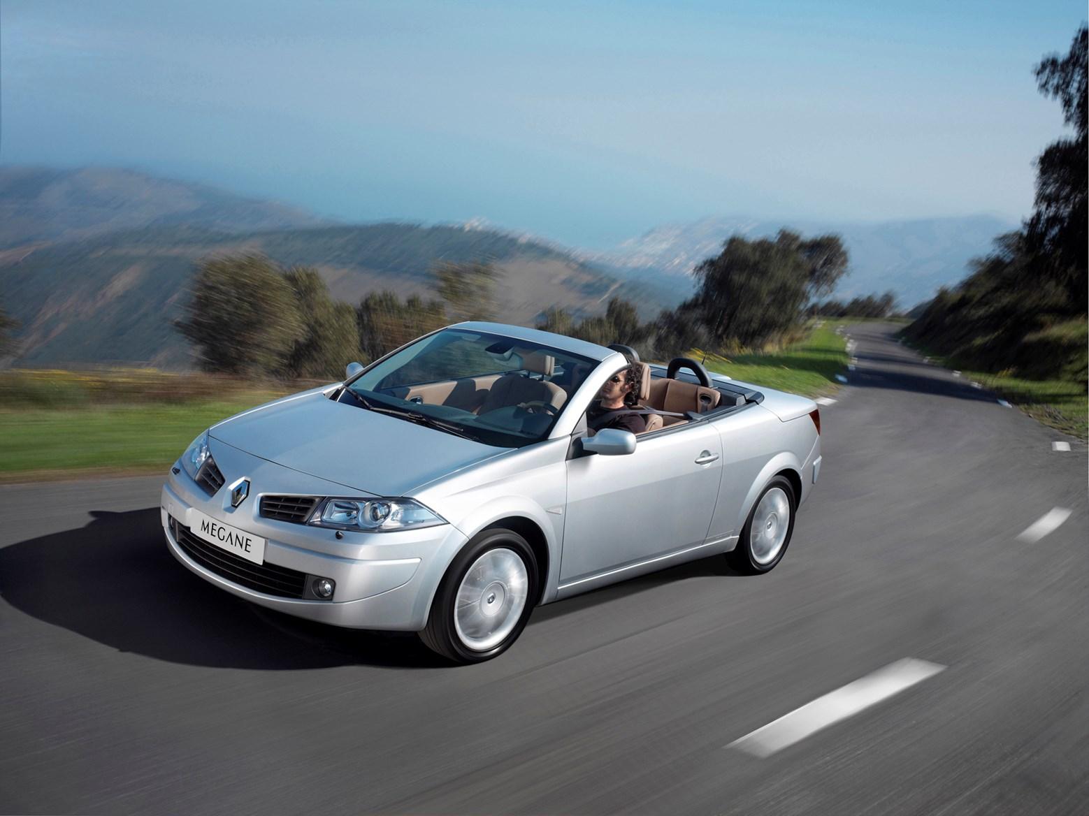 renault megane cabriolet 2006 2009 driving performance parkers. Black Bedroom Furniture Sets. Home Design Ideas