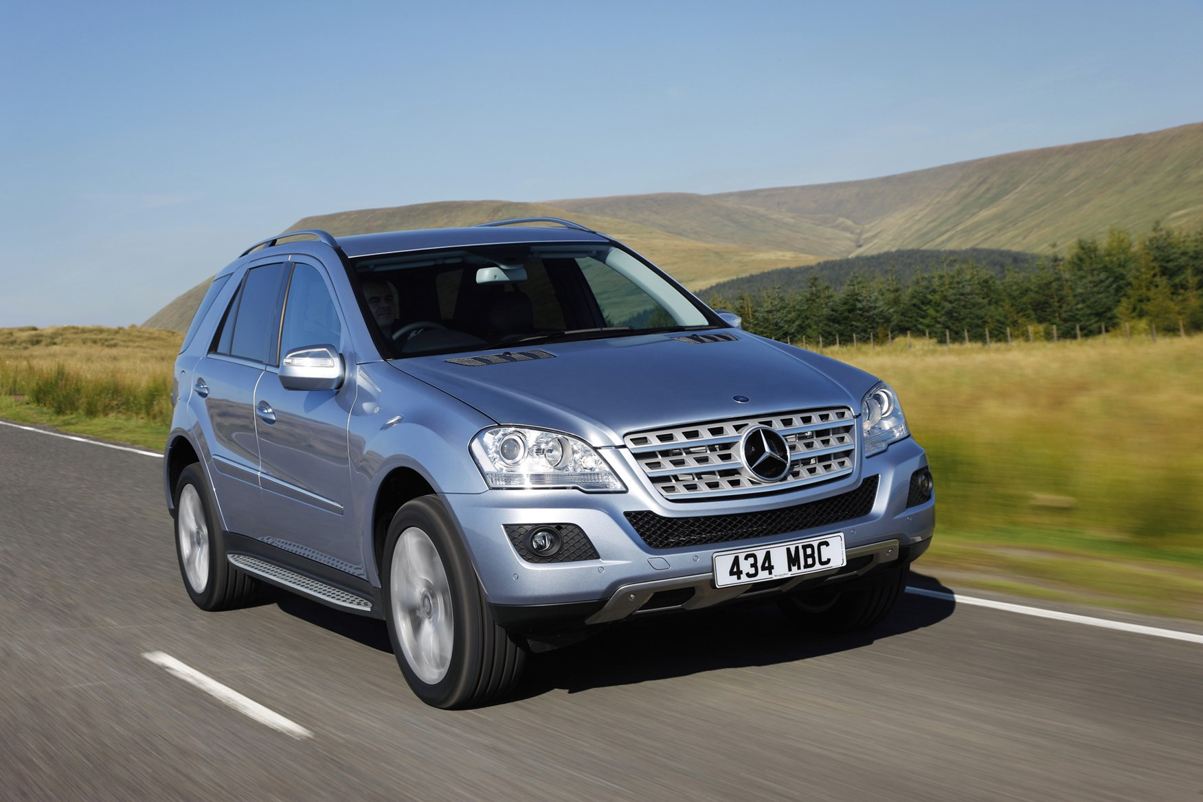 View all images of the Mercedes-Benz M-Class (05-11)