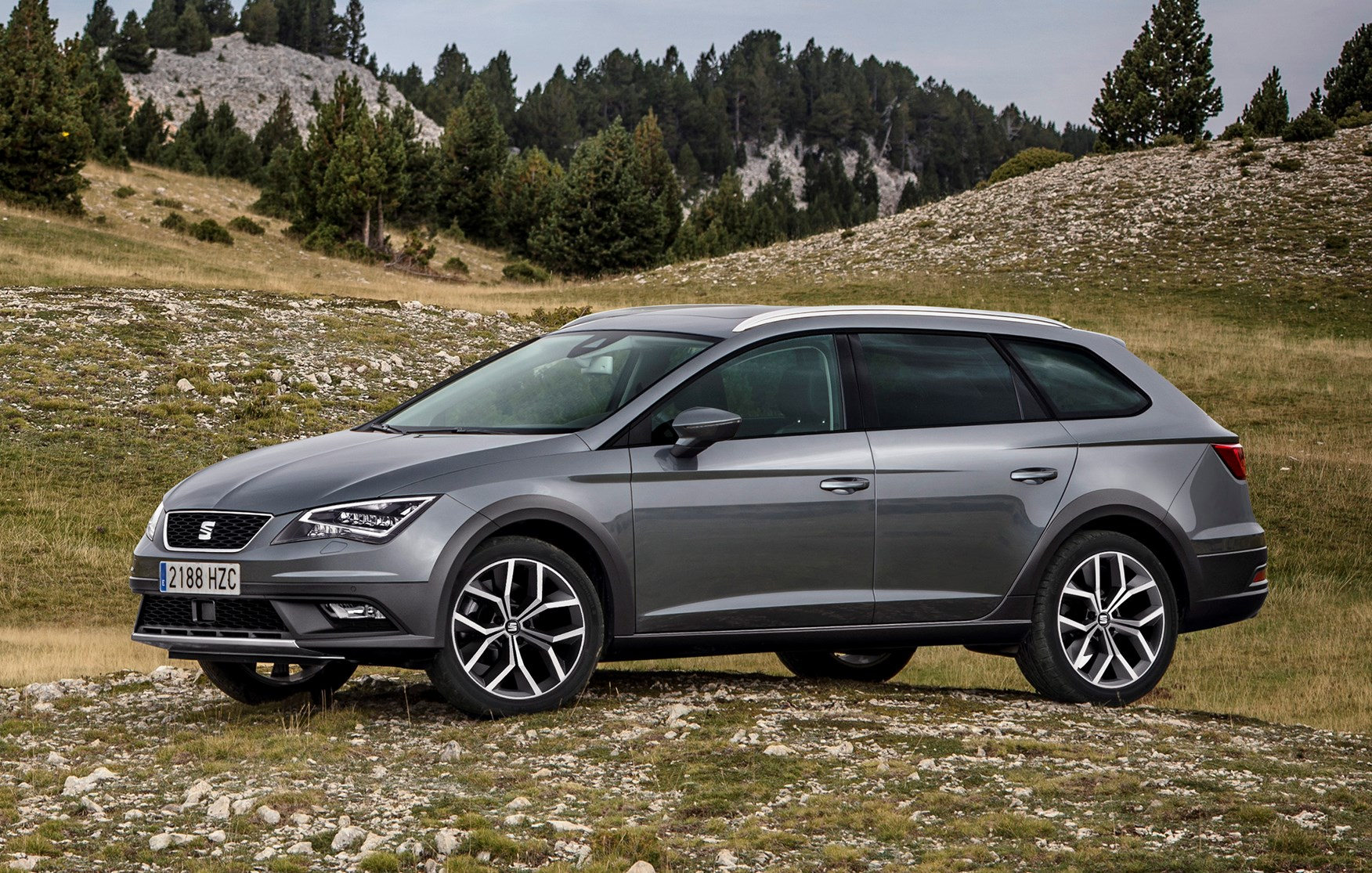 seat leon x perience review 2014 parkers. Black Bedroom Furniture Sets. Home Design Ideas