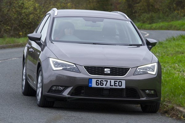 seat leon st from 2014 used prices parkers. Black Bedroom Furniture Sets. Home Design Ideas