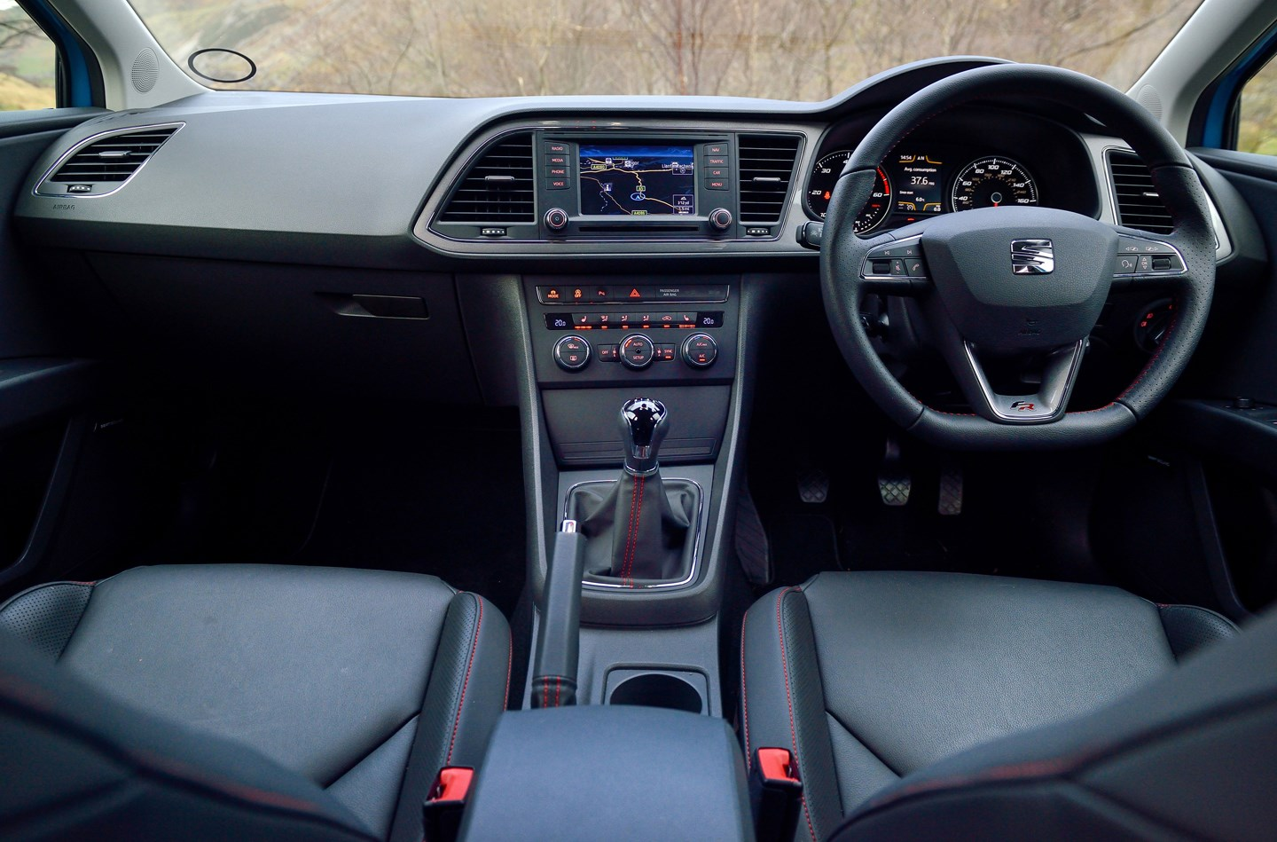SEAT Leon hatchback review: driving | Parkers