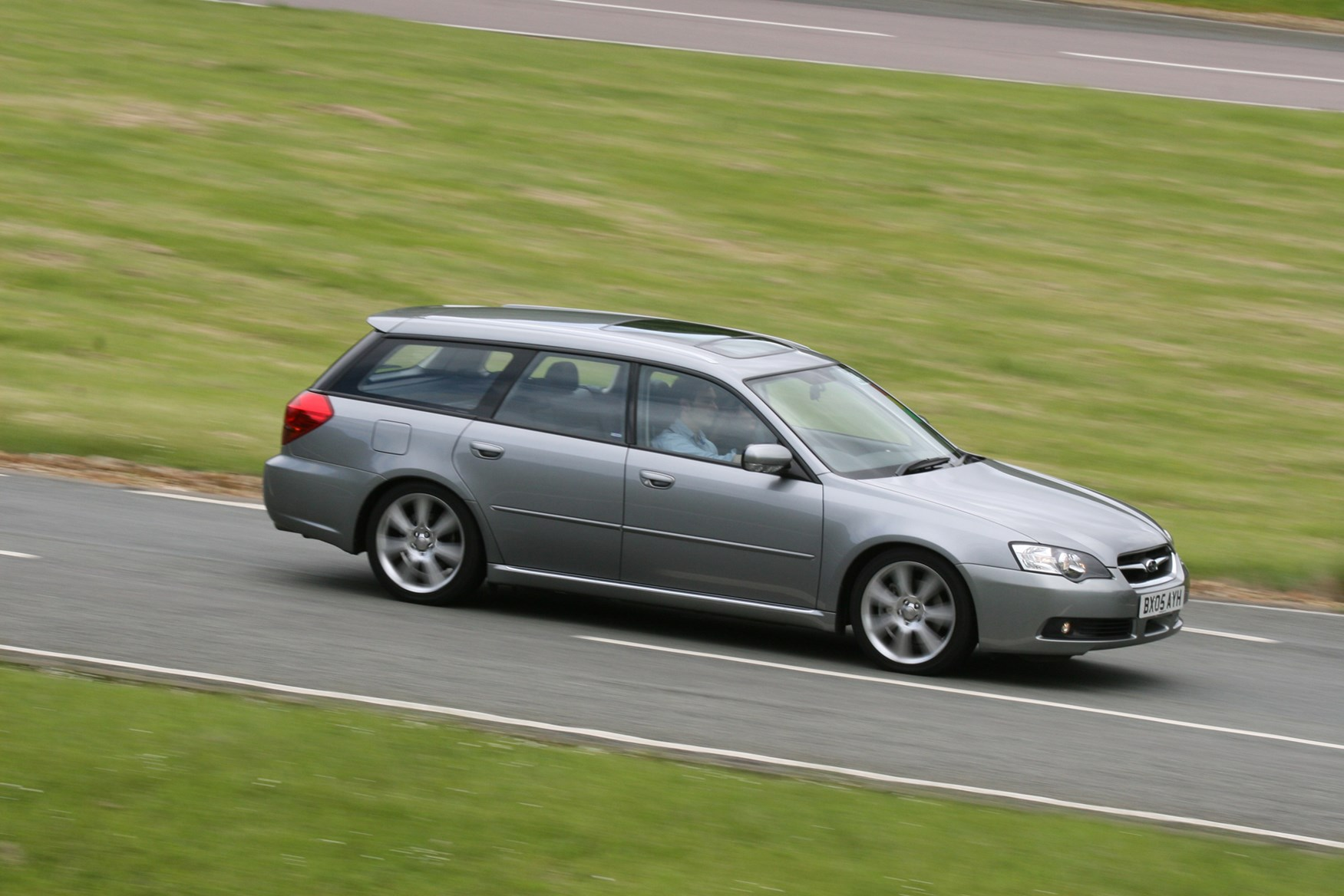 View all images of the subaru legacy sports tourer 03 09