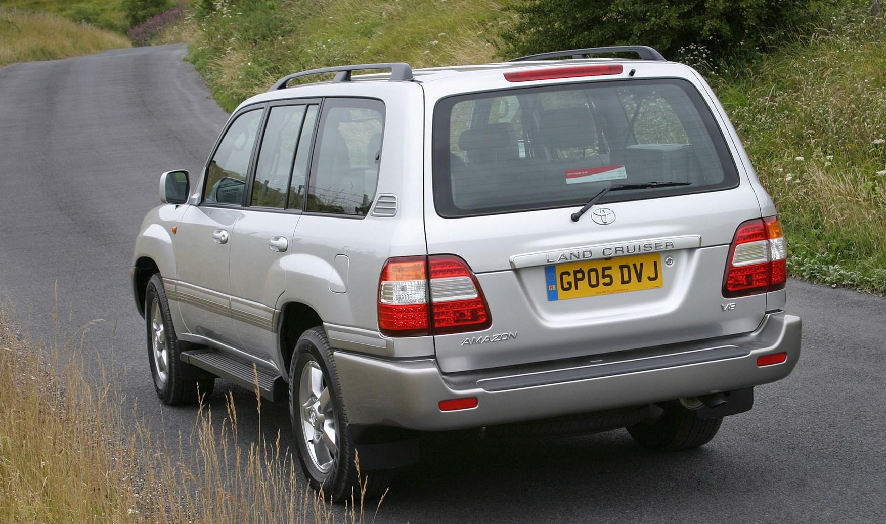 toyota land cruiser amazon station wagon  2002