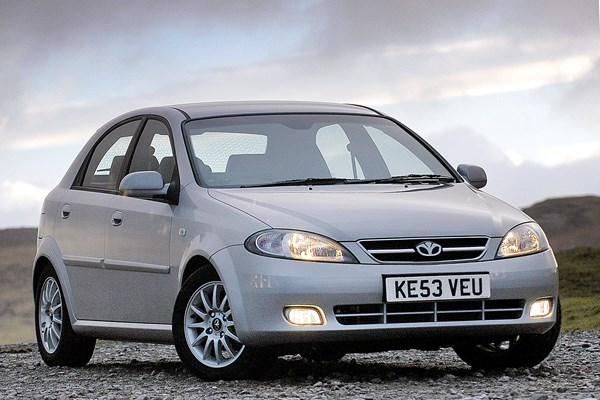 daewoo lacetti hatchback review 2004 2005 parkers rh parkers co uk