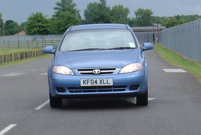chevrolet lacetti hold