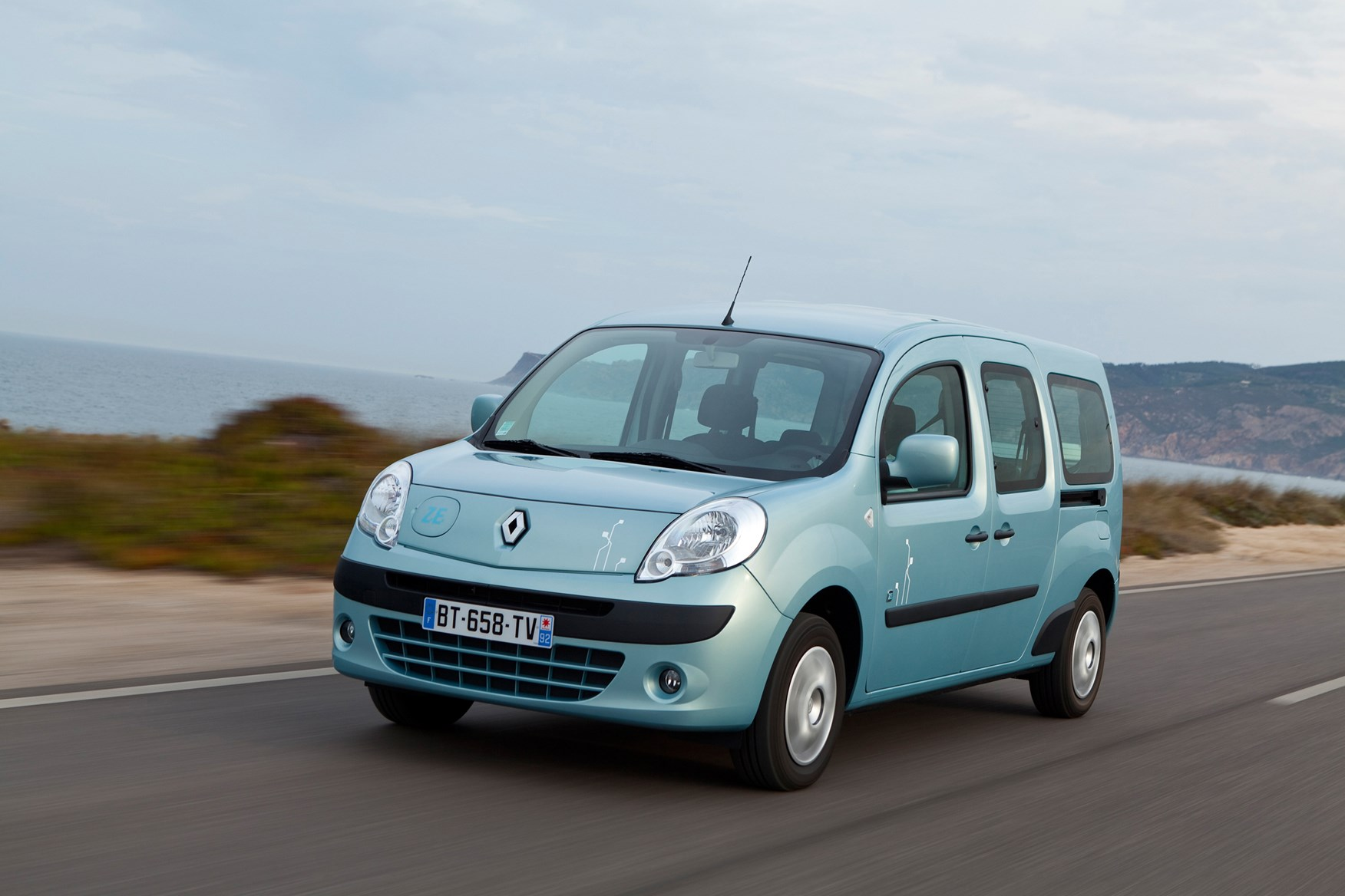 renault kangoo estate 2009 2012 driving performance parkers. Black Bedroom Furniture Sets. Home Design Ideas