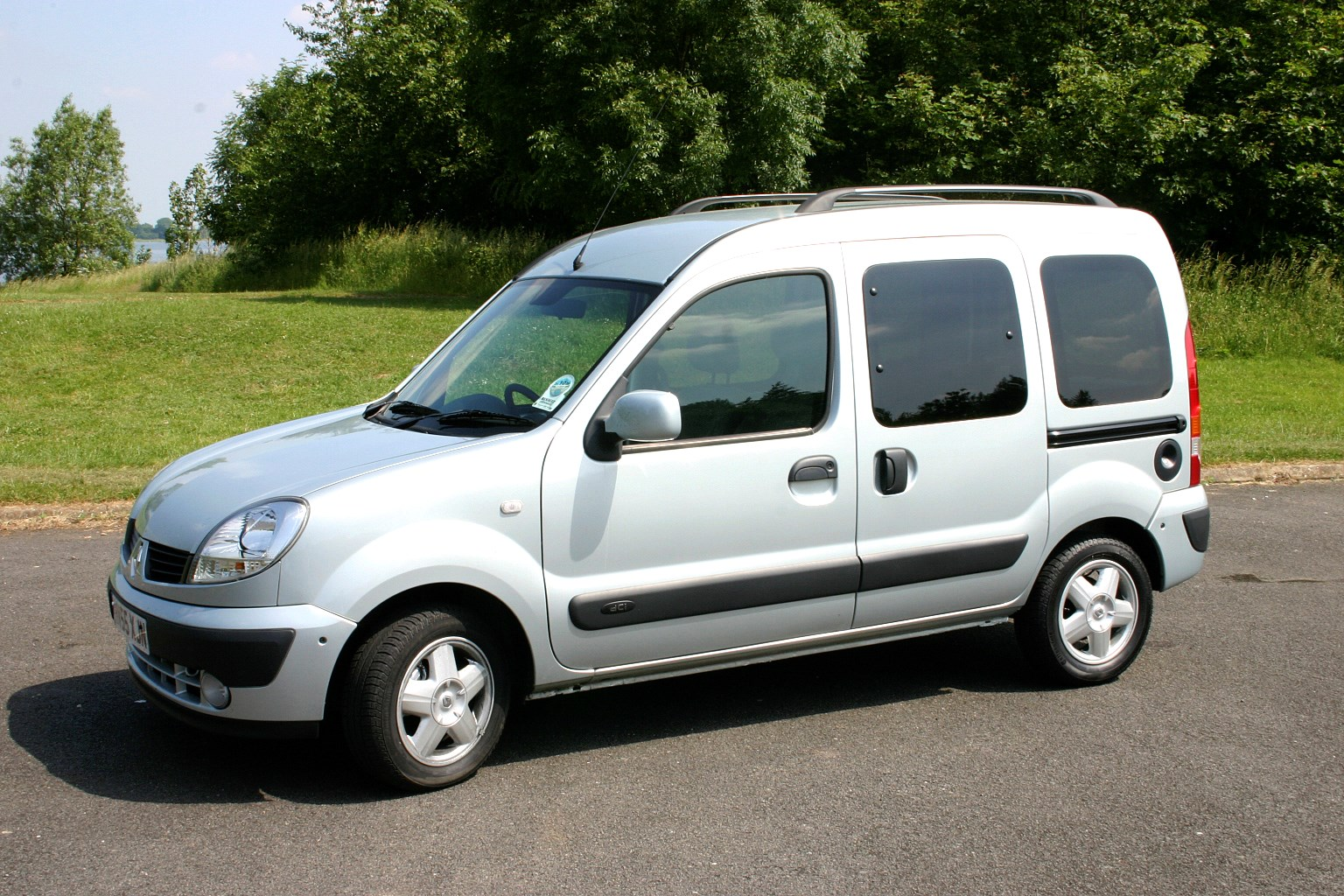 renault kangoo estate 1999 2008 photos parkers. Black Bedroom Furniture Sets. Home Design Ideas