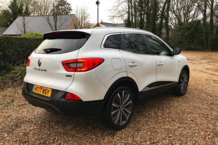 With Full Led Headlights Keyless Entry And Ignition Leather Upholstery A Touchscreen Infotainment System Satnav Dab Radio Various: Renault Kadjar 2015 2017 Radio Wiring Diagrams At Aslink.org
