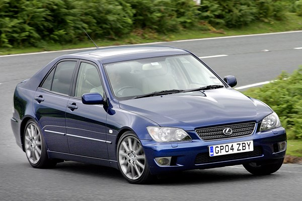 Lexus Is Saloon 99 05 Rated 4 Out Of 5