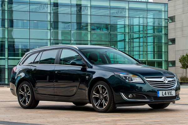 vauxhall insignia sports tourer from 2009 used prices. Black Bedroom Furniture Sets. Home Design Ideas