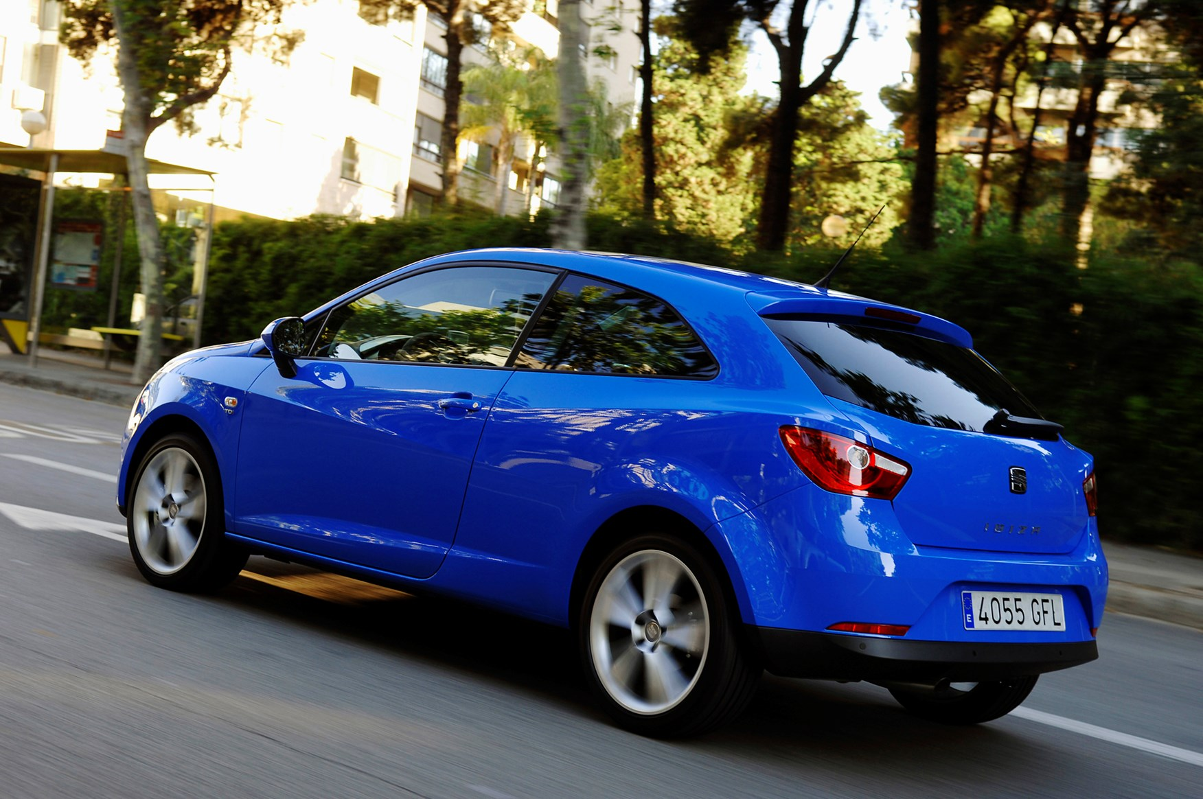 seat ibiza sport coupe 2008 2017 photos parkers. Black Bedroom Furniture Sets. Home Design Ideas
