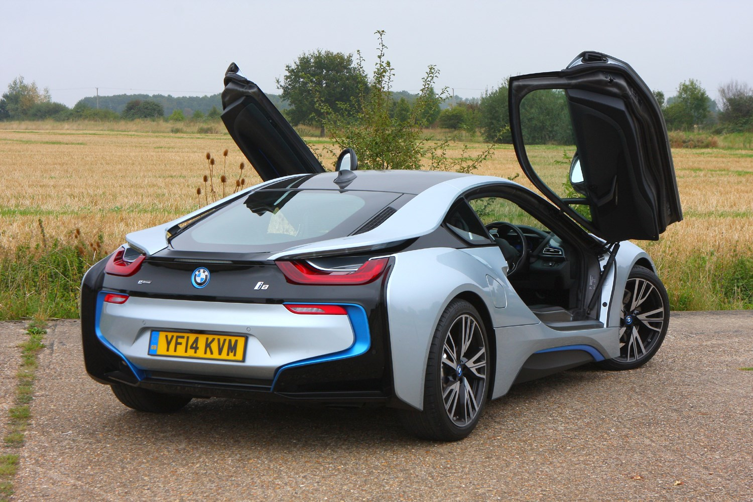 bmw i8 coupe 2014 photos parkers. Black Bedroom Furniture Sets. Home Design Ideas