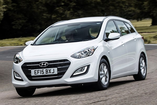 hyundai i30 tourer from 2012 used prices parkers. Black Bedroom Furniture Sets. Home Design Ideas