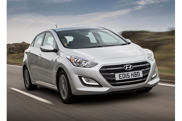 hyundai i30 hatchback from 2012 used prices parkers. Black Bedroom Furniture Sets. Home Design Ideas