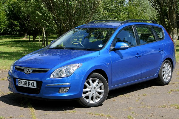 hyundai i30 estate from 2008 used prices parkers. Black Bedroom Furniture Sets. Home Design Ideas