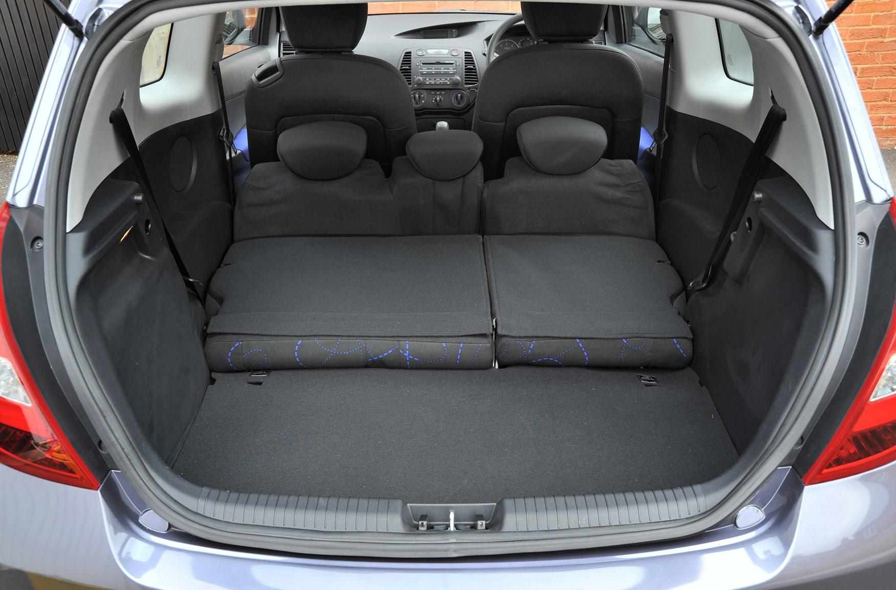 Hyundai I20 Hatchback 2009 2014 Features Equipment