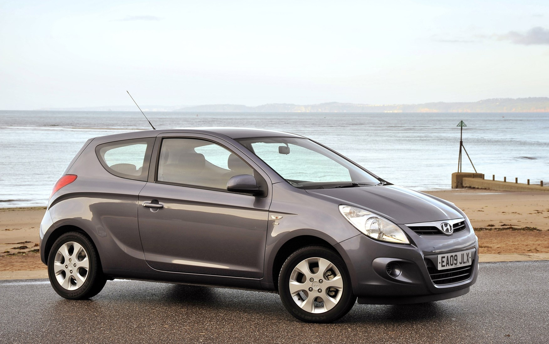 Hyundai I20 Hatchback 2009 2014 Photos Parkers