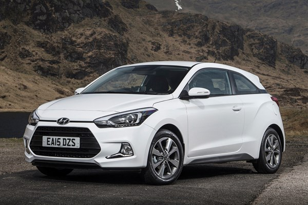 Hyundai I20 Coupe Review 2015 2017 Parkers