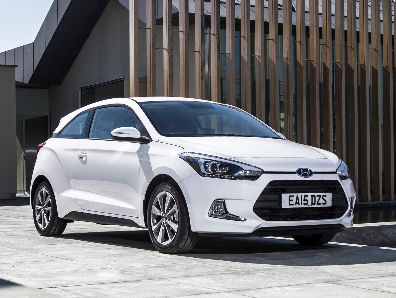 Hyundai I20 Coupe 2015 Review