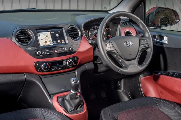 Hyundai i10 Review   Parkers