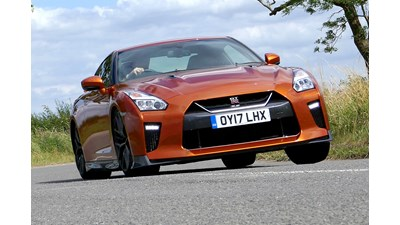 Nissan GT-R Coupe Track Edition 3.8 V6 570PS auto 2d
