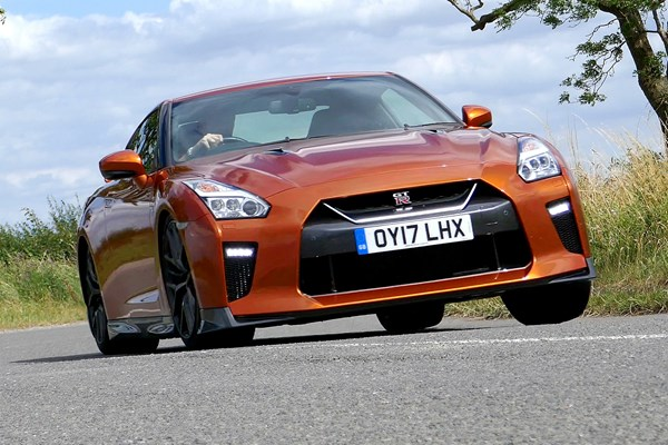 nissan gt r coupe from 2009 used prices parkers. Black Bedroom Furniture Sets. Home Design Ideas