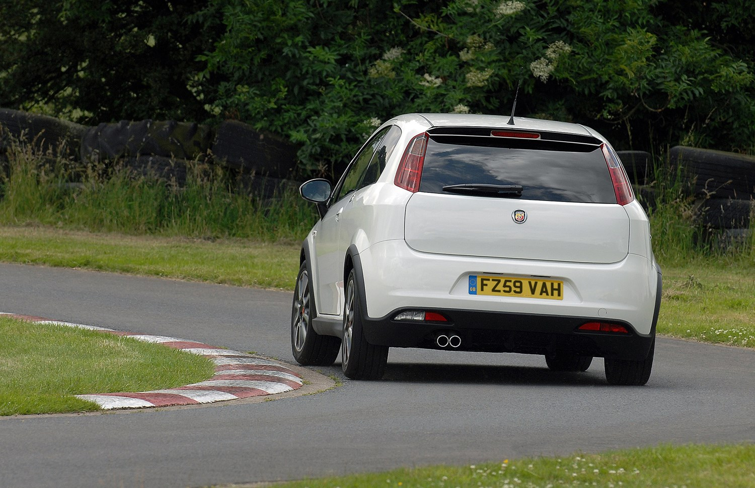Abarth Grande Punto Hatchback 2008 2010 Photos Parkers