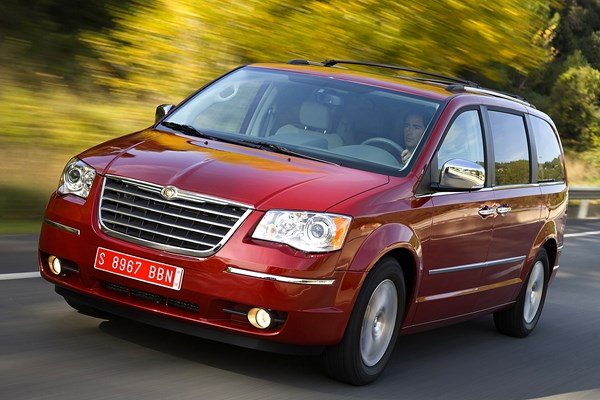 chrysler grand voyager station wagon review (2008 - 2015) | parkers