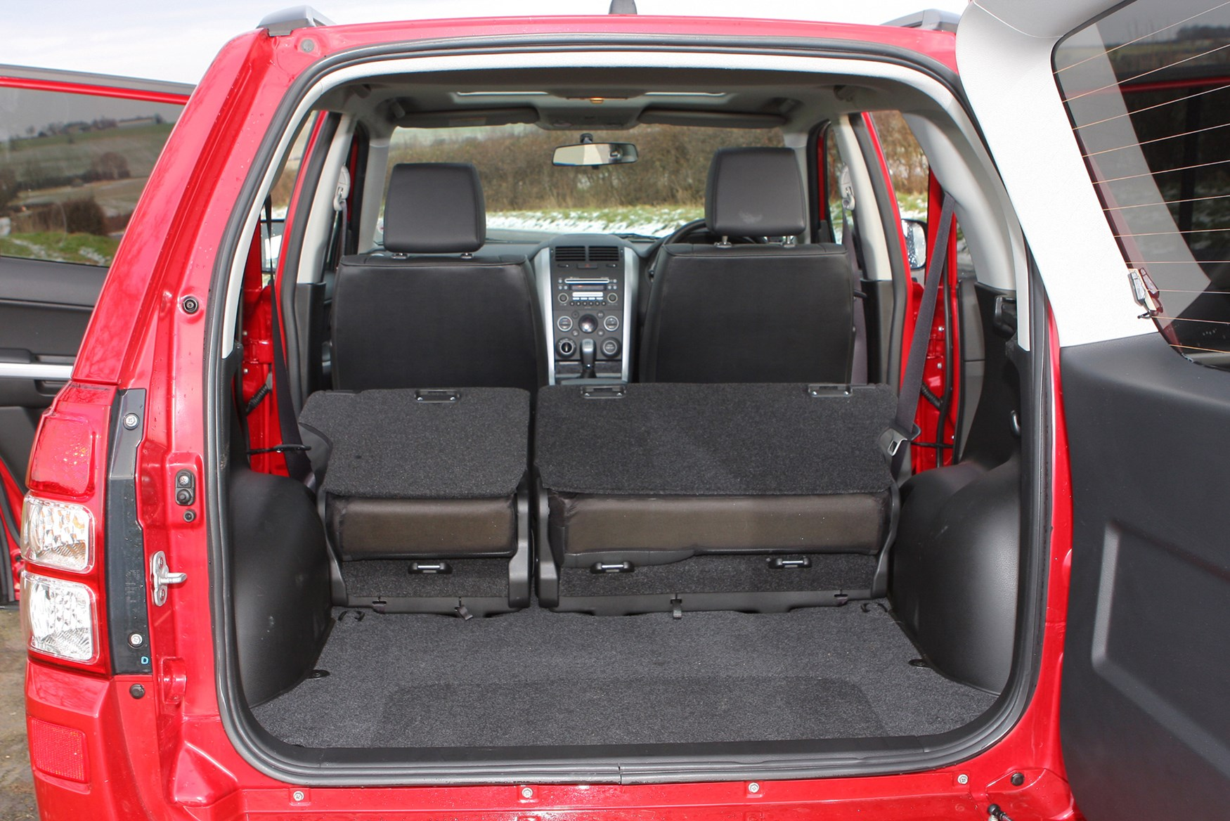 photos of 2014 suzuki grand vitara autos post. Black Bedroom Furniture Sets. Home Design Ideas
