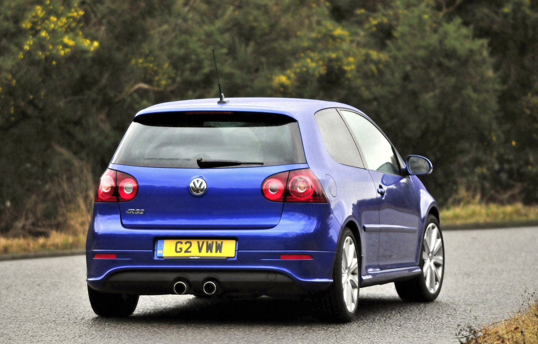 Volkswagen Golf R32 2005 2008 Driving Performance Parkers