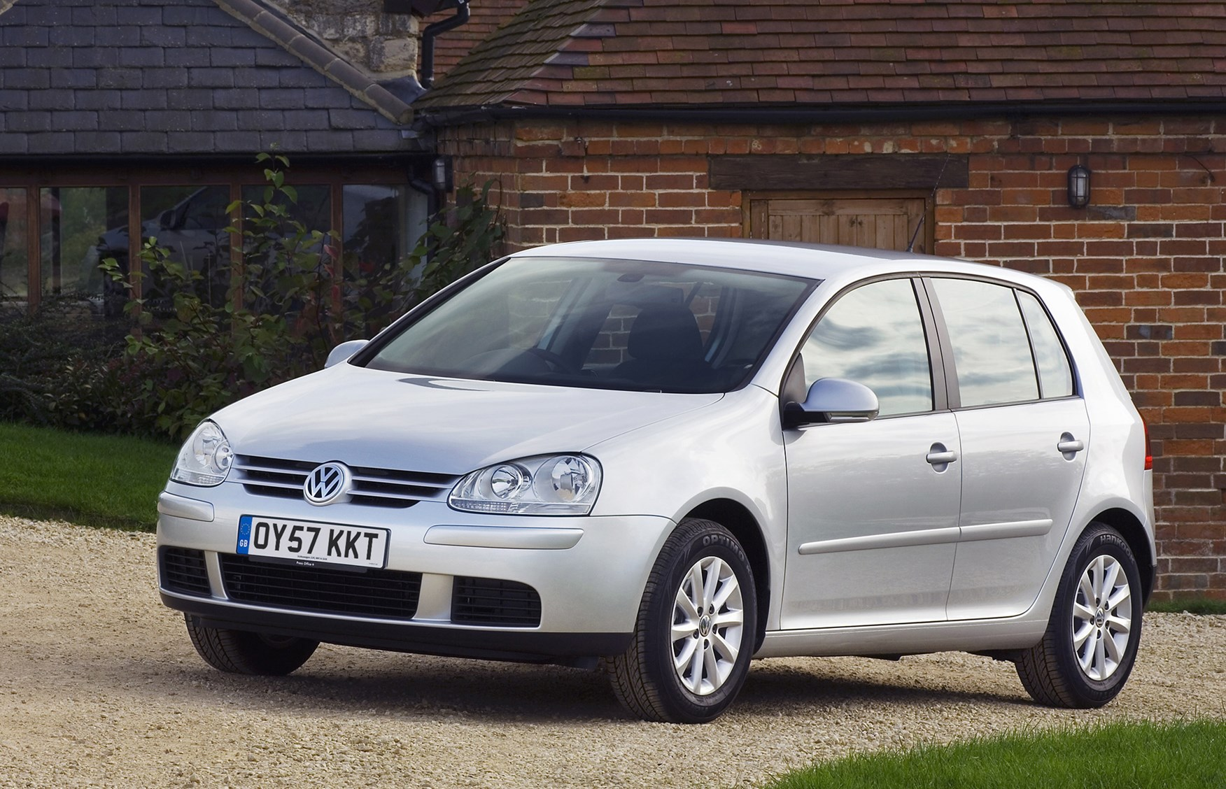 Volkswagen Golf Hatchback Review 2004 2008 Parkers