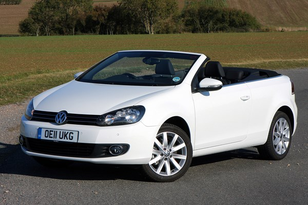 volkswagen golf cabriolet from 2011 used prices parkers. Black Bedroom Furniture Sets. Home Design Ideas