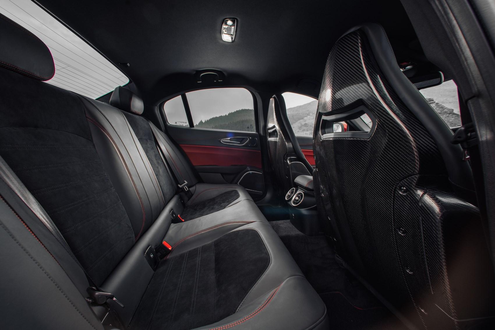 Alfa romeo giulia saloon 2016 photos parkers Alfa romeo giulia interior dimensions