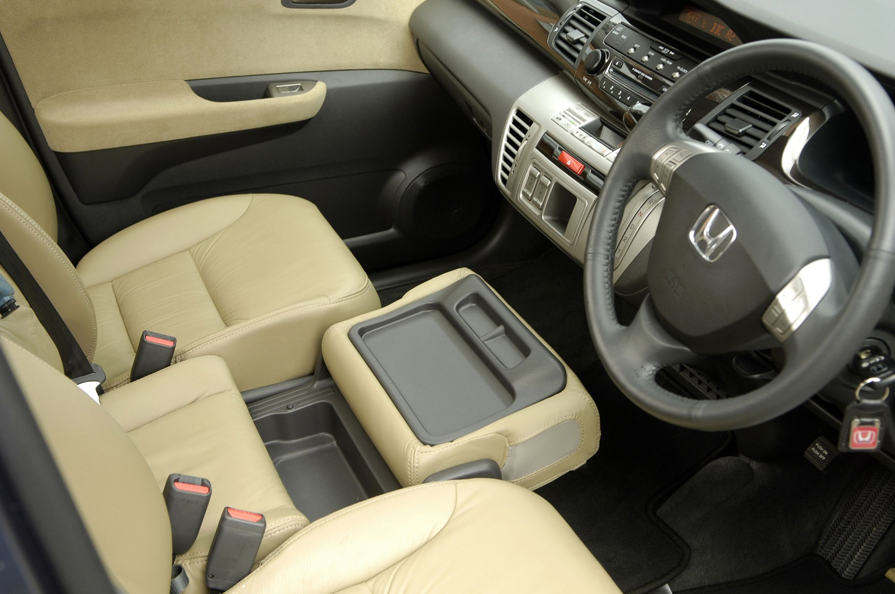 Honda Fr V Hatchback Review 2004 2009 Parkers