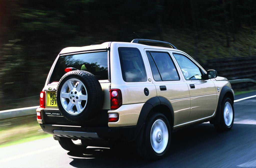 land rover freelander station wagon 2003 2006 driving performance parkers. Black Bedroom Furniture Sets. Home Design Ideas
