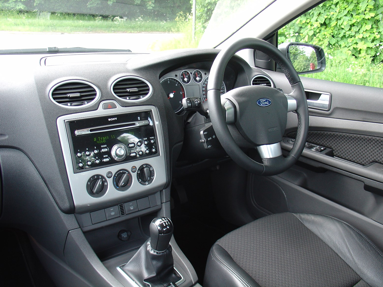 ford focus saloon 2005 2009 driving performance. Black Bedroom Furniture Sets. Home Design Ideas