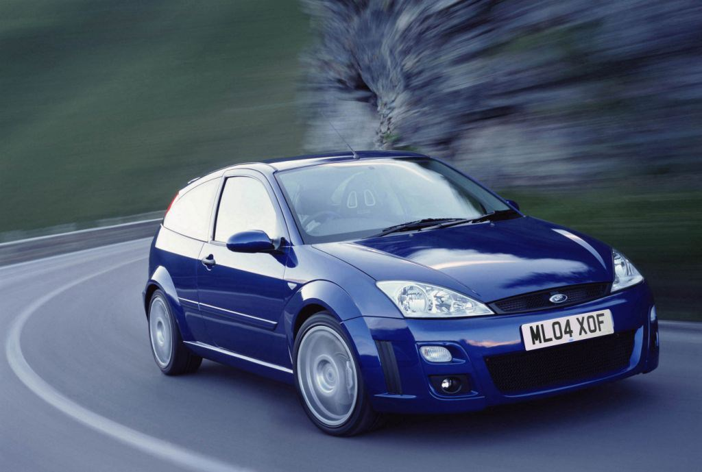 ford focus rs 2002 2003 photos parkers. Black Bedroom Furniture Sets. Home Design Ideas