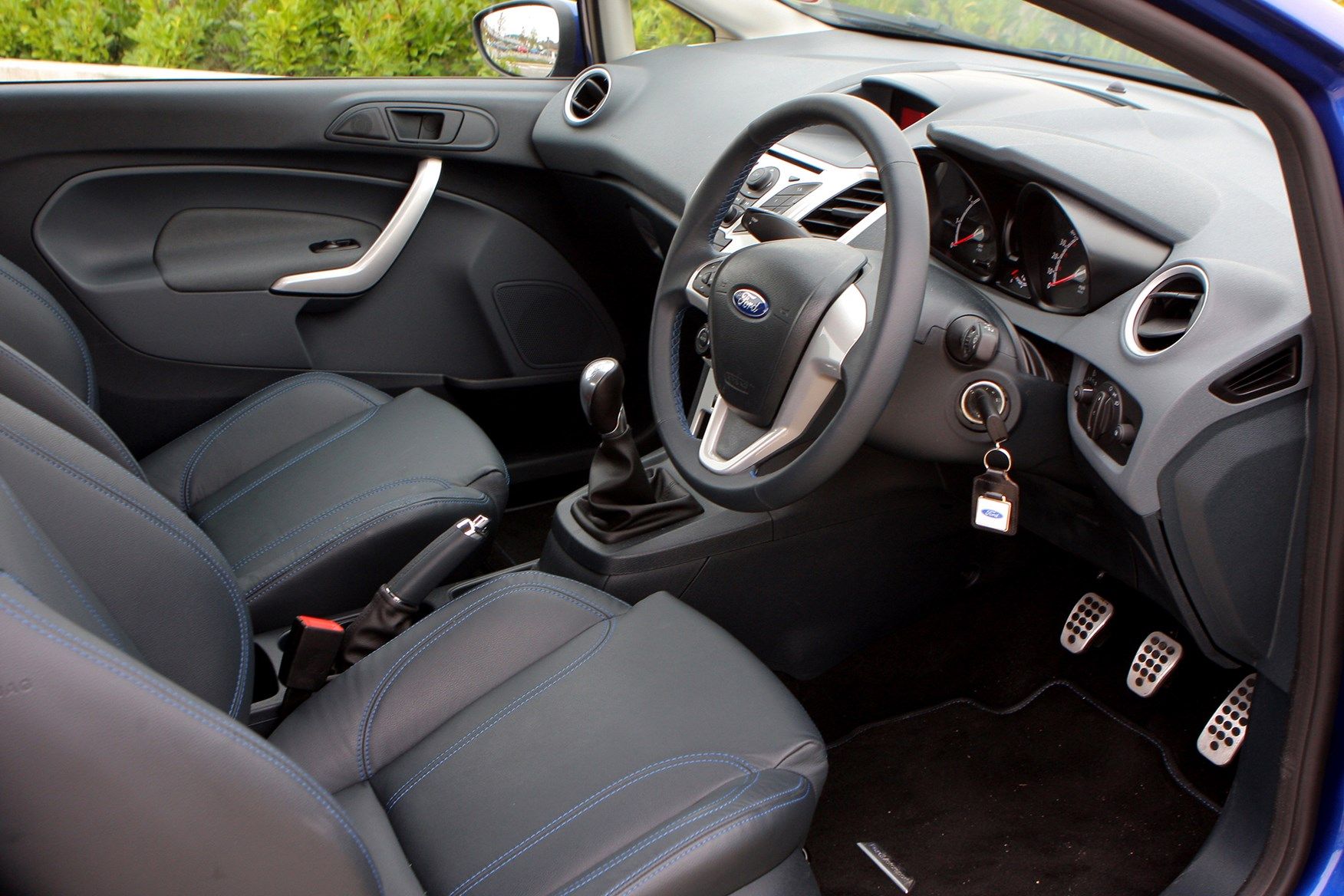 Ford Fiesta Hatchback 2008 Photos Parkers