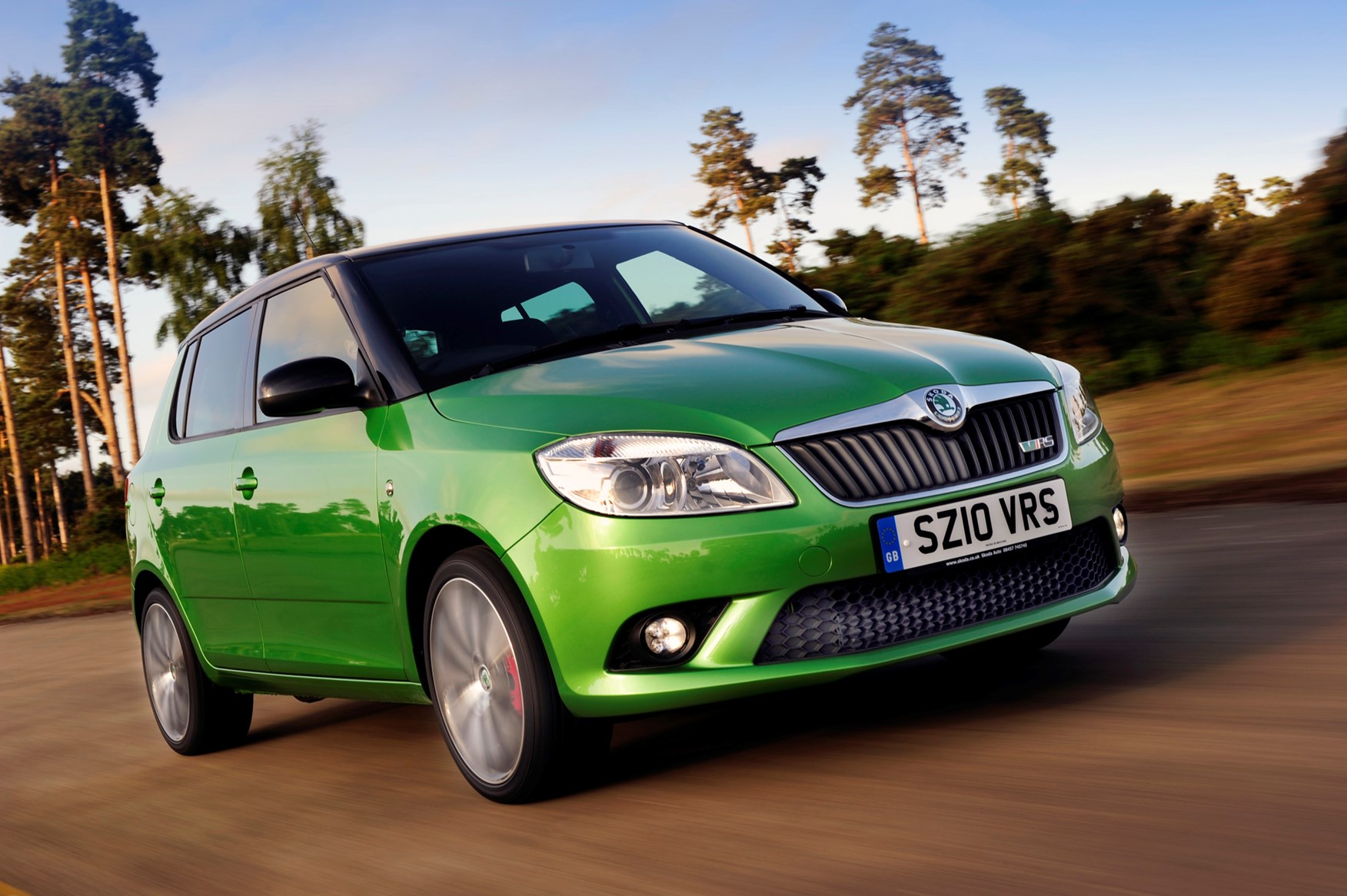 skoda fabia vrs review 2010 2014 parkers autos post. Black Bedroom Furniture Sets. Home Design Ideas