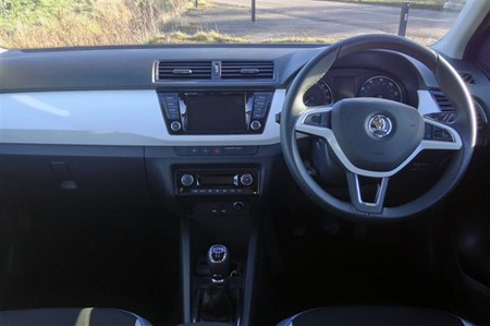 skoda fabia review: buying and selling | parkers
