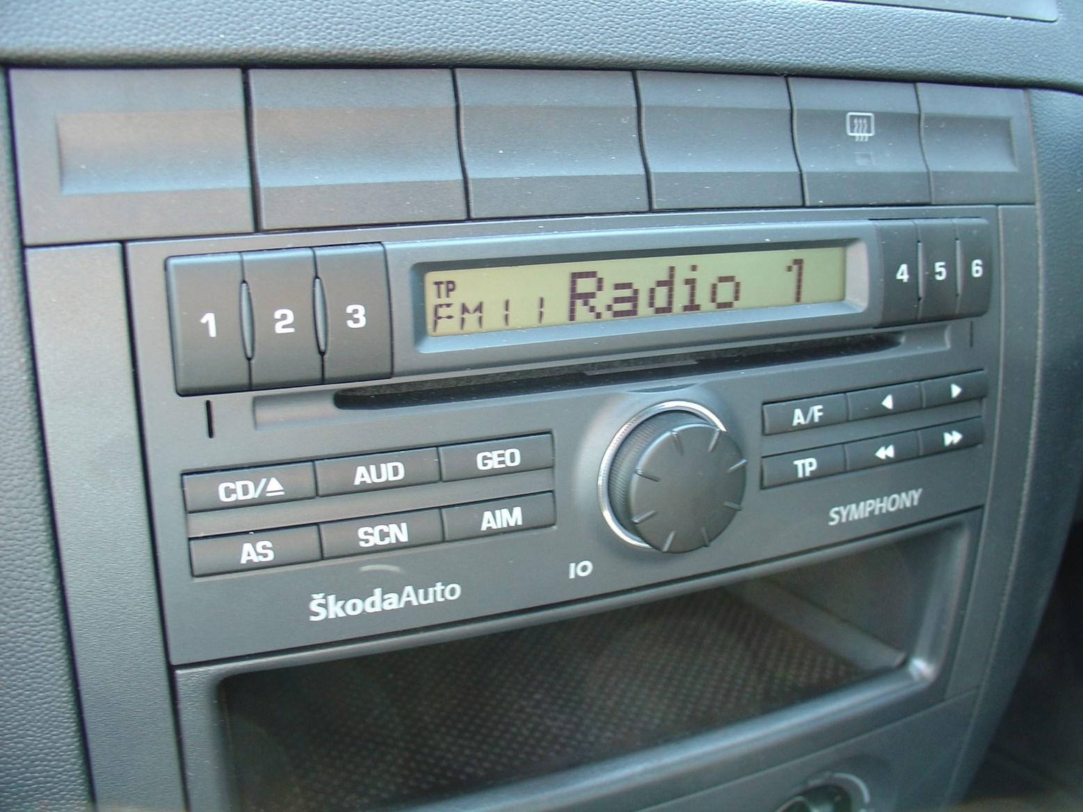 skoda fabia hatchback 2000 2007 driving performance. Black Bedroom Furniture Sets. Home Design Ideas